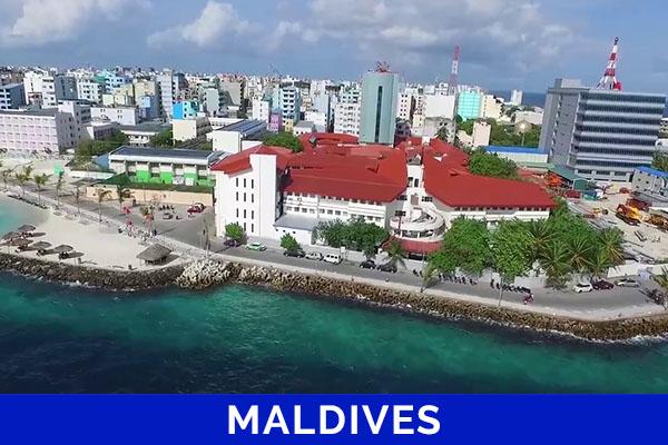 Intern Maldives